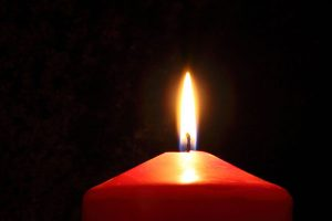 Beacon of light candle